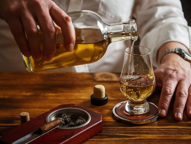 Best Whiskey Glasses In India